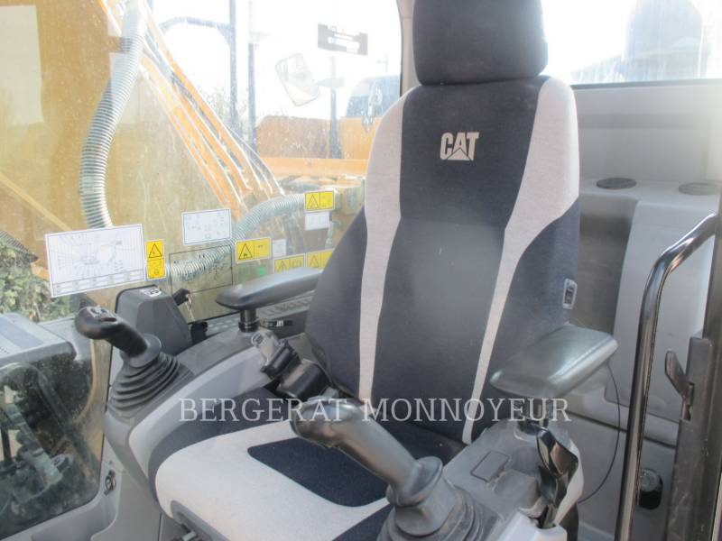 CATERPILLAR TRACK EXCAVATORS 323E equipment  photo 8