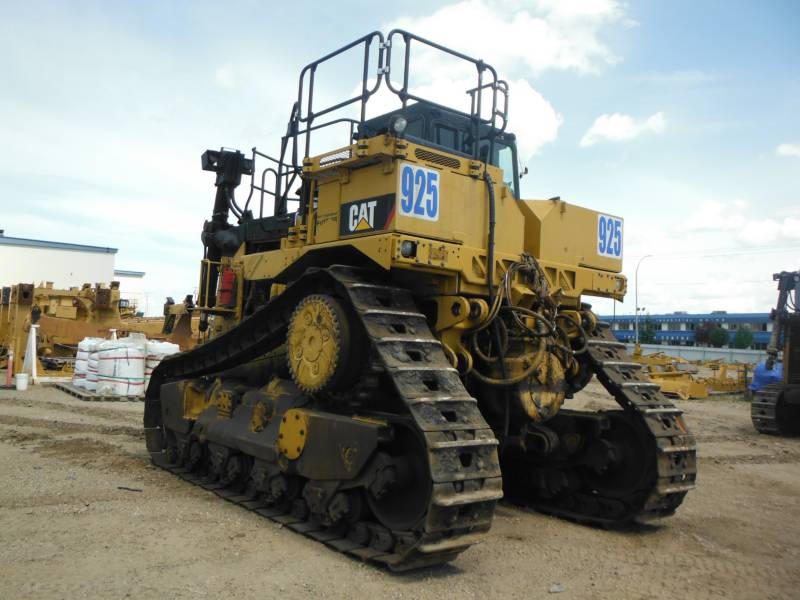 CATERPILLAR TRACK TYPE TRACTORS D11T equipment  photo 2