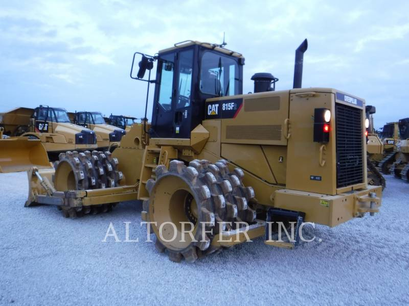 CATERPILLAR TRACTEURS SUR PNEUS 815F2 equipment  photo 5