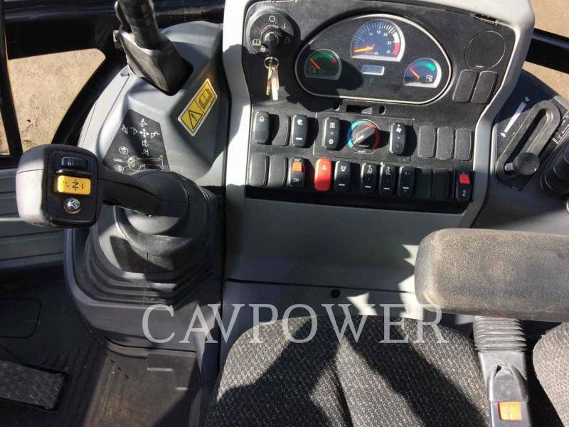 CATERPILLAR CHARGEUSES-PELLETEUSES 444F2LRC equipment  photo 9