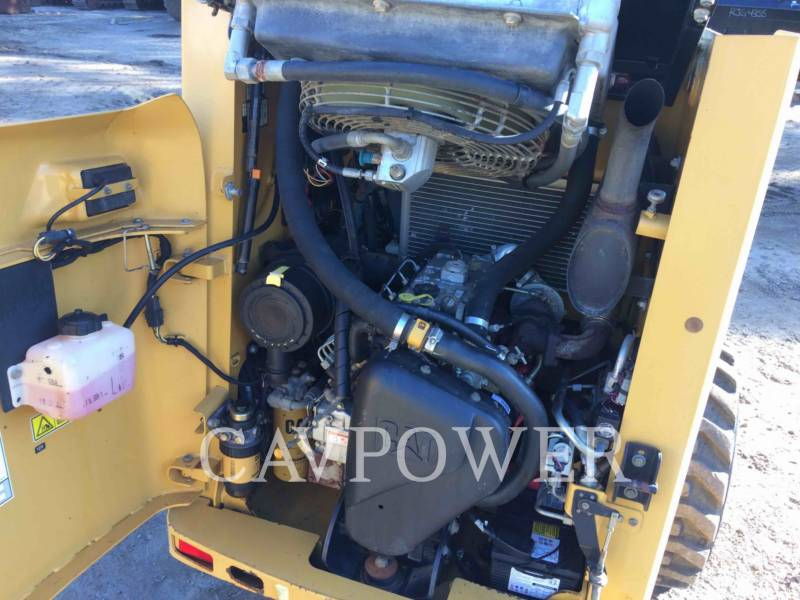 CATERPILLAR SKID STEER LOADERS 226B2 equipment  photo 10