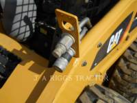 CATERPILLAR CHARGEURS COMPACTS RIGIDES 226B equipment  photo 13
