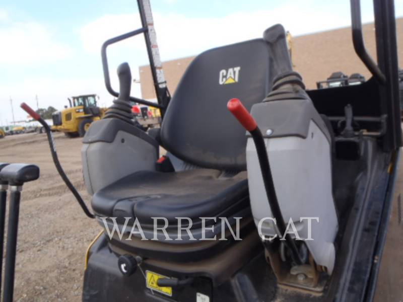 CATERPILLAR EXCAVADORAS DE CADENAS 302.4D equipment  photo 12