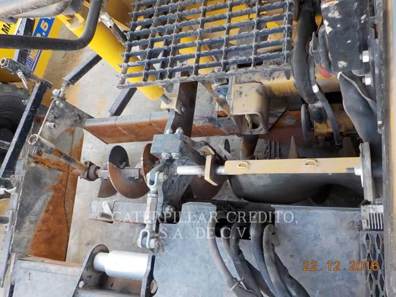 CATERPILLAR PAVIMENTADORA DE ASFALTO AP-655D equipment  photo 13