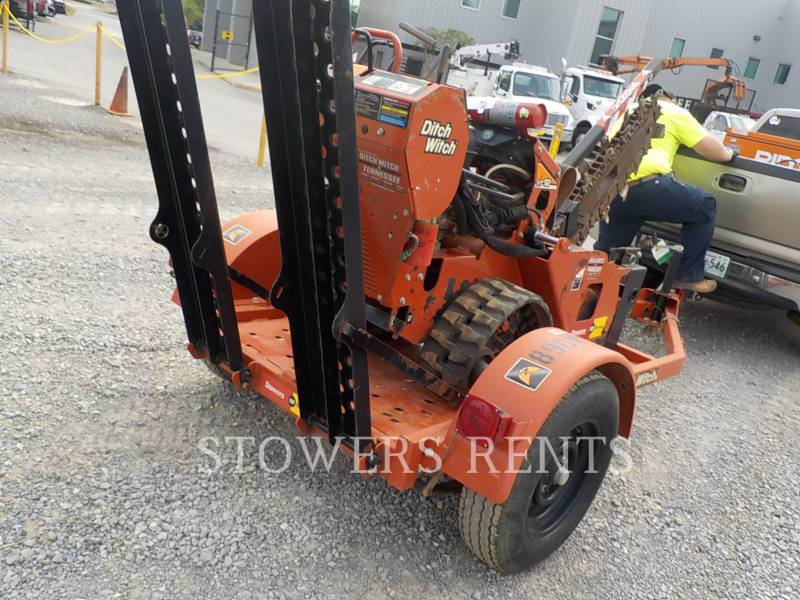 DITCH WITCH (CHARLES MACHINE WORKS) WT - TRENCHEUSE RT12 equipment  photo 2