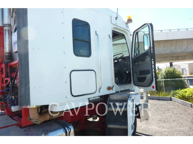 FREIGHTLINER CAMIONS ROUTIERS ARGOSY 110 equipment  photo 8