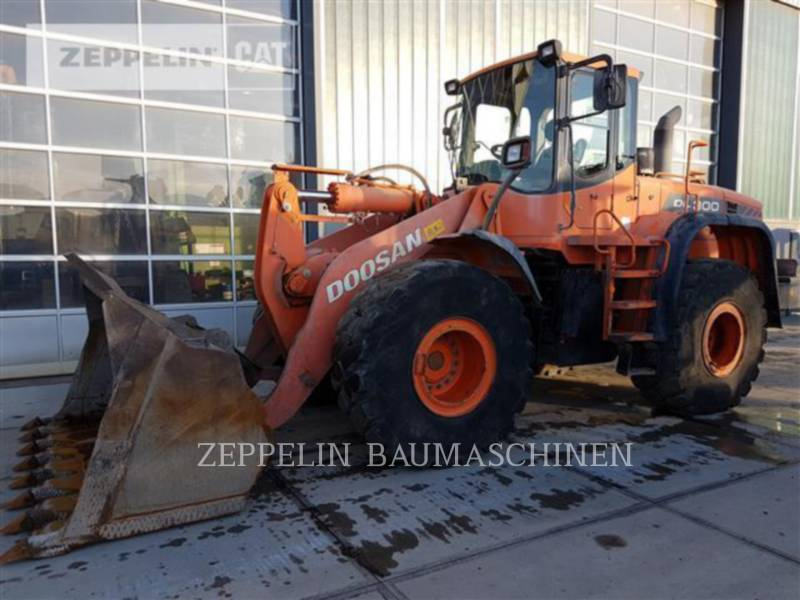 DOOSAN INFRACORE AMERICA CORP. WHEEL LOADERS/INTEGRATED TOOLCARRIERS DL300 equipment  photo 1