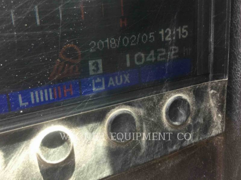 TAKEUCHI MFG. CO. LTD. TRACK EXCAVATORS TB260 equipment  photo 6