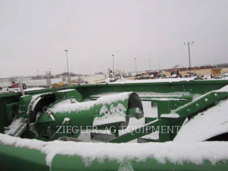DEERE & CO. COMBINES 9870STS equipment  photo 19