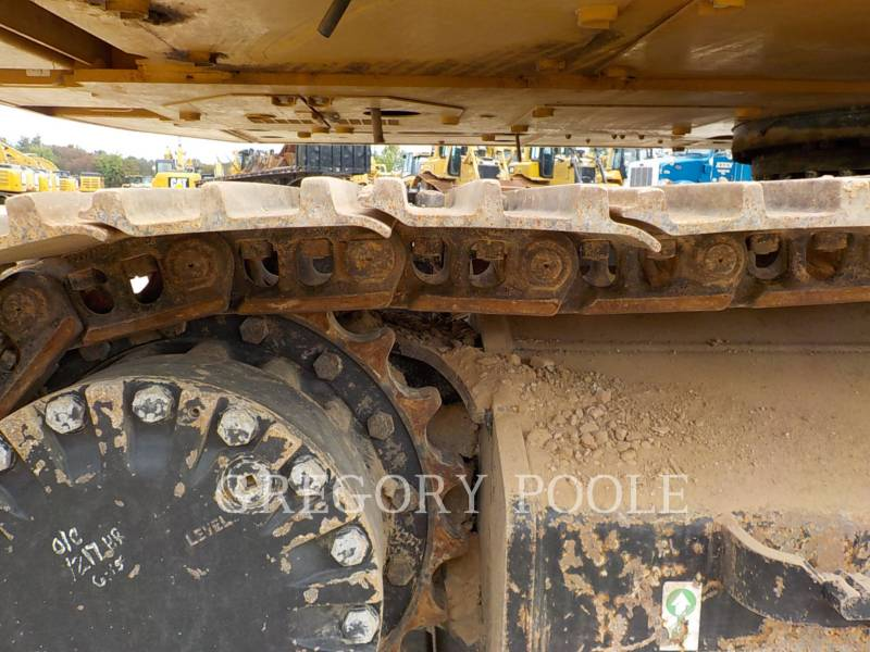 CATERPILLAR EXCAVADORAS DE CADENAS 320E L equipment  photo 23