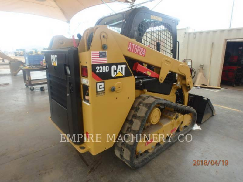 CATERPILLAR MULTITERREINLADERS 239D equipment  photo 2