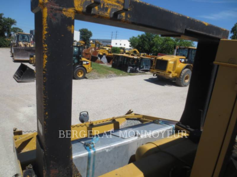 CATERPILLAR PNEUMATIC TIRED COMPACTORS PS-300 equipment  photo 12