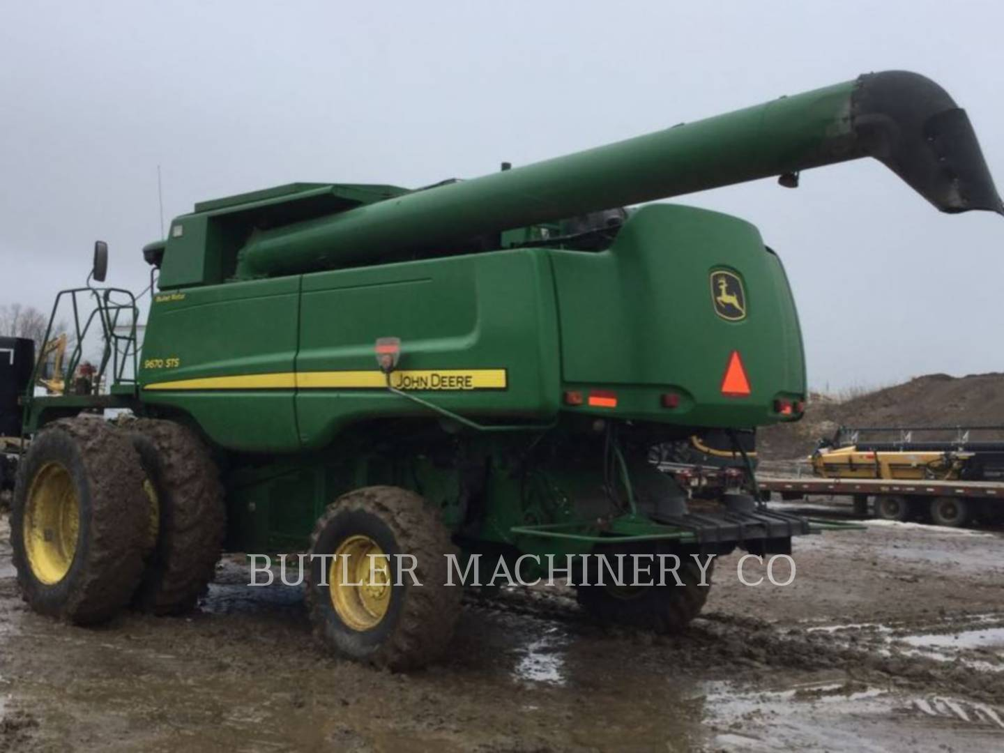 Detail photo of 2009 John Deere 9670 STS from Construction Equipment Guide