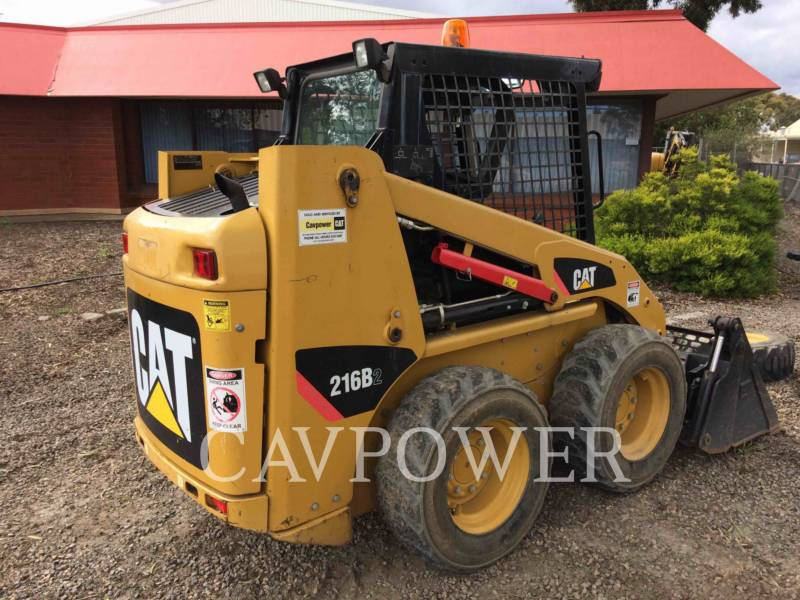 CATERPILLAR SKID STEER LOADERS 216B2 equipment  photo 5