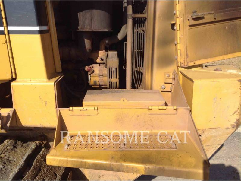 CATERPILLAR CHARGEURS SUR CHAINES 953C equipment  photo 18
