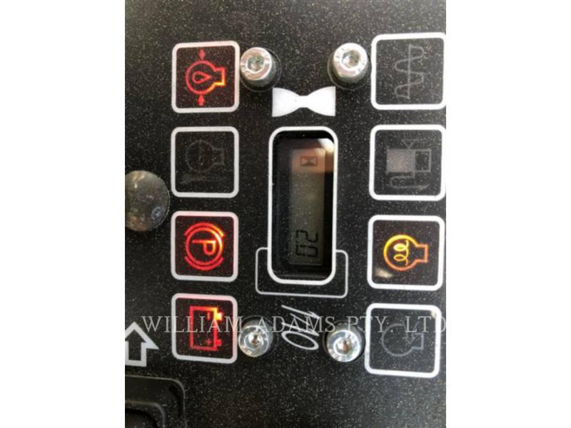CATERPILLAR VIBRATORY DOUBLE DRUM ASPHALT CB14B equipment  photo 7