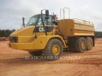 Equipment photo CATERPILLAR 725 WT CAMIONS CITERNE A EAU 1
