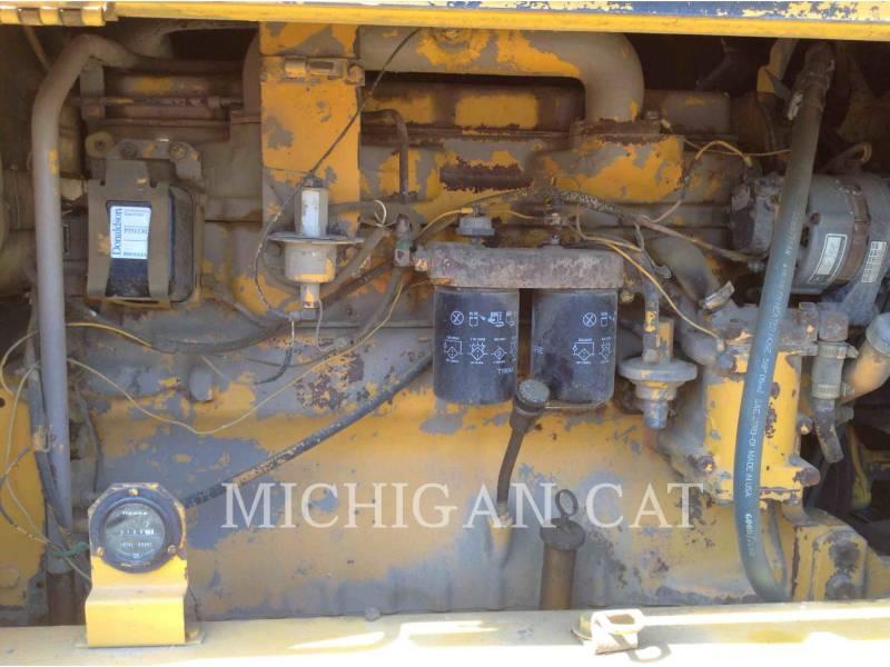 JOHN DEERE MOTONIVELADORAS 670A equipment  photo 8