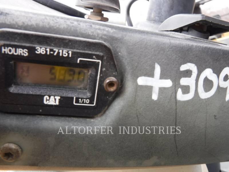 CATERPILLAR TANDEMVIBRATIONSWALZE, ASPHALT CB54 equipment  photo 5