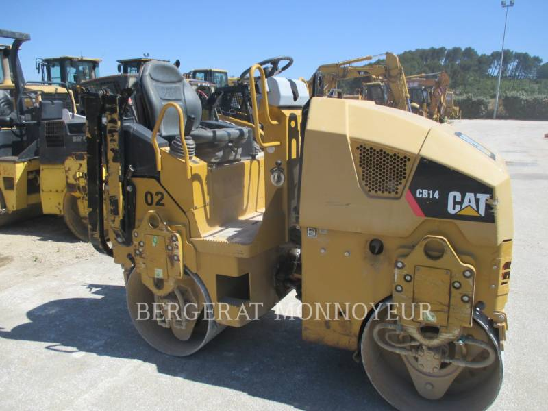 CATERPILLAR COMPACTEURS CB14 equipment  photo 1