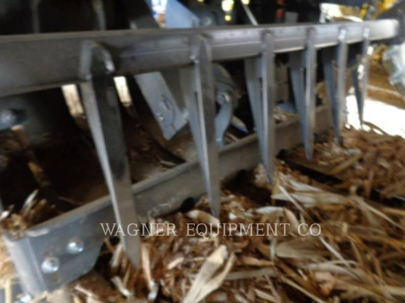 AGCO AG HAY EQUIPMENT LB44B/CHUT equipment  photo 11