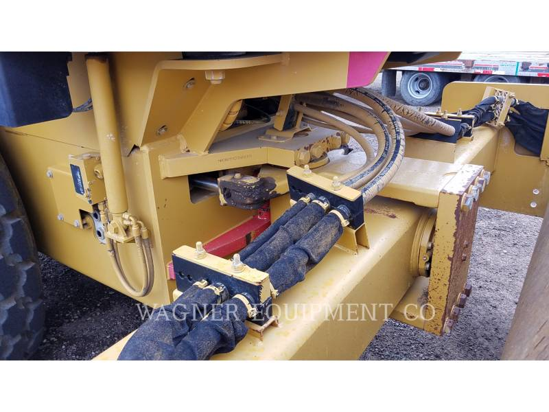 CATERPILLAR VIBRATORY SINGLE DRUM SMOOTH CS56 equipment  photo 24