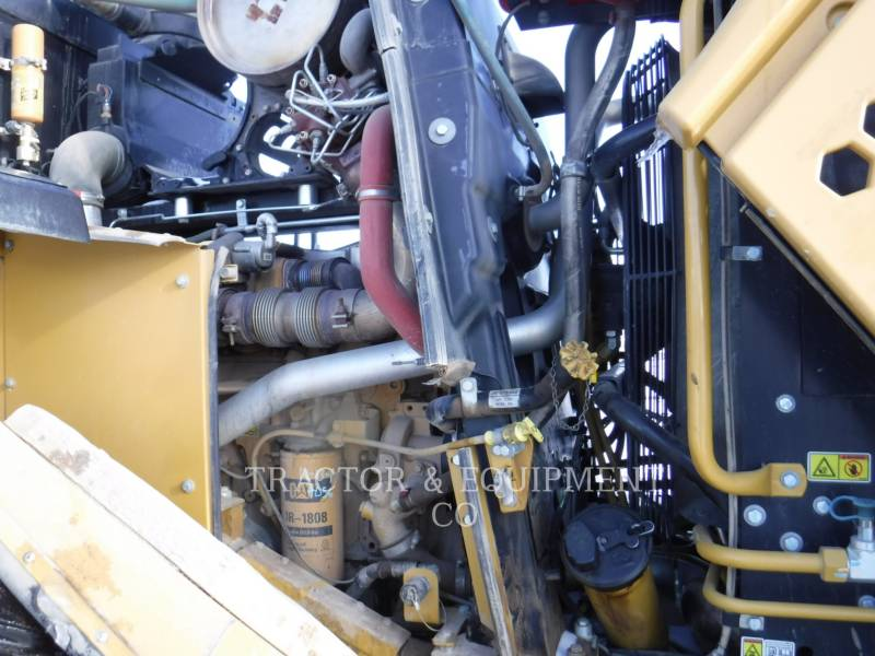 CATERPILLAR PALE GOMMATE/PALE GOMMATE MULTIUSO 972K equipment  photo 16