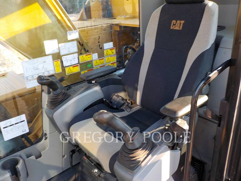 CATERPILLAR TRACK EXCAVATORS 323F L equipment  photo 24