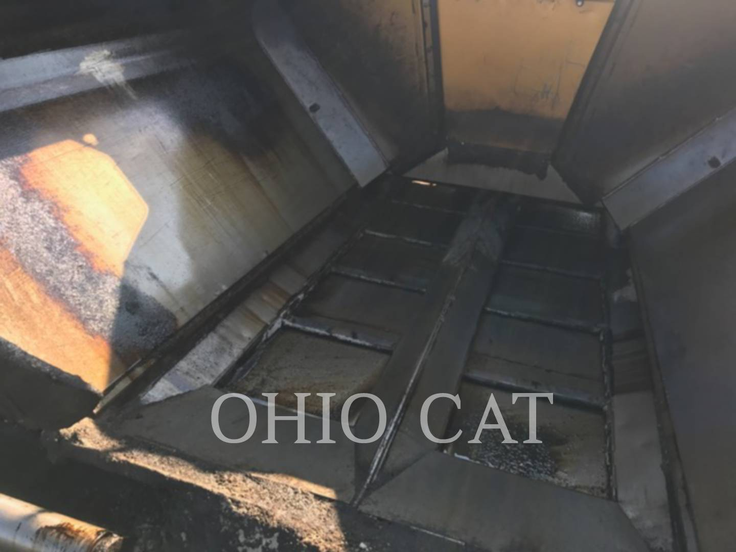 Detail photo of 2011 Weiler P385 from Construction Equipment Guide