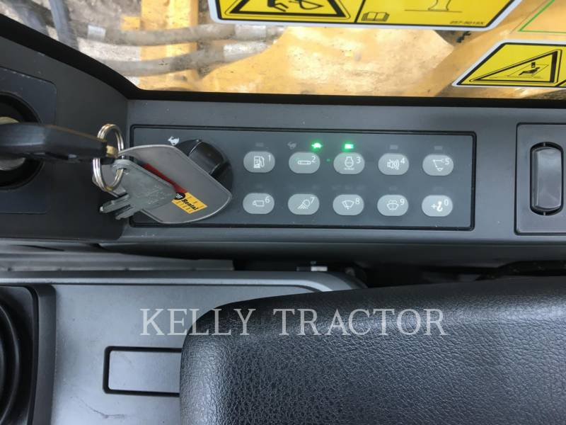 CATERPILLAR TRACK EXCAVATORS 320FL equipment  photo 16