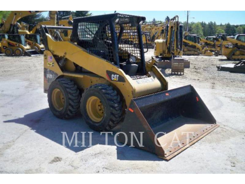 CATERPILLAR SKID STEER LOADERS 242B 3 AG equipment  photo 4