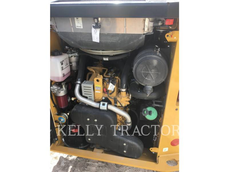 CATERPILLAR KOMPAKTLADER 236 D equipment  photo 9