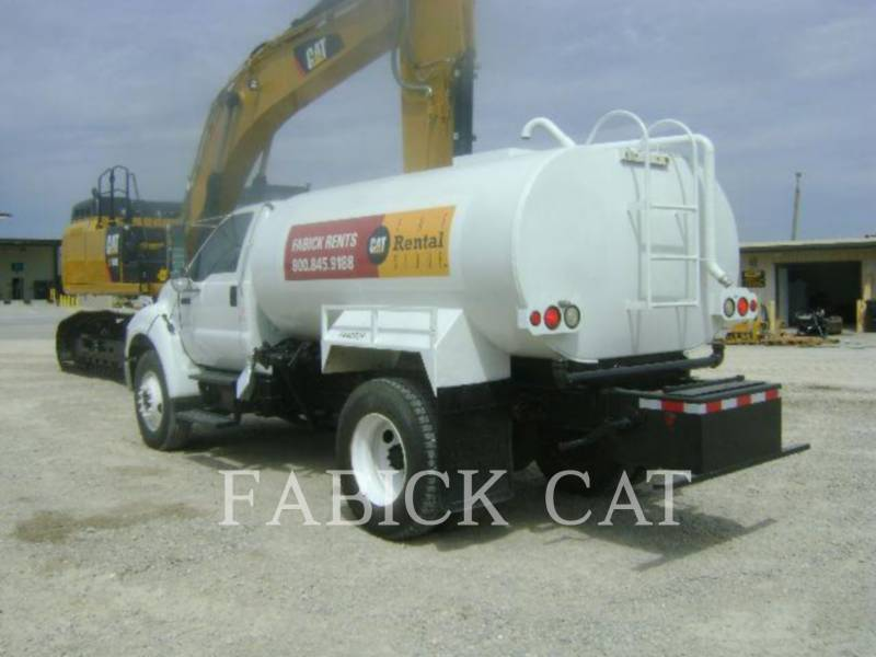 MISCELLANEOUS MFGRS WATER TRUCKS WATER2000 equipment  photo 1
