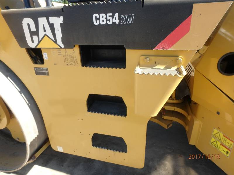 CATERPILLAR COMPACTEURS TANDEMS VIBRANTS CB54 equipment  photo 18