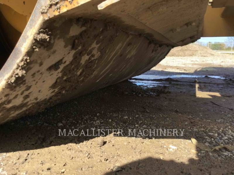 CATERPILLAR VIBRATORY SINGLE DRUM SMOOTH CS-433E equipment  photo 24