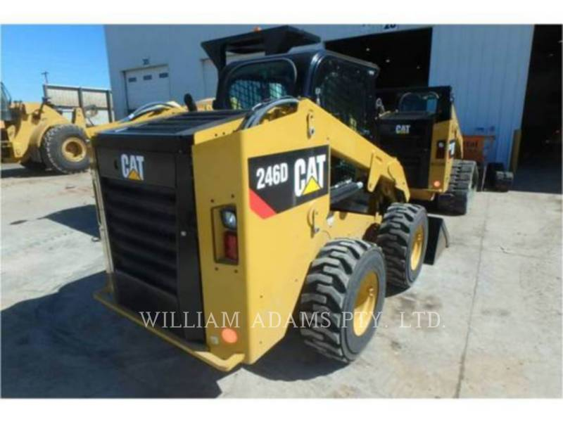 CATERPILLAR MINICARGADORAS 246 D equipment  photo 2