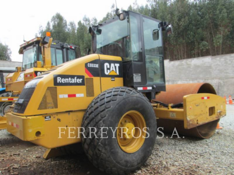 CATERPILLAR COMPATTATORE A SINGOLO TAMBURO VIBRANTE LISCIO CS-533E equipment  photo 3