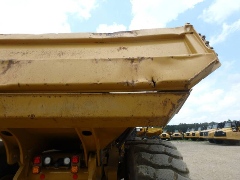 CATERPILLAR CAMIONES ARTICULADOS 745C equipment  photo 23