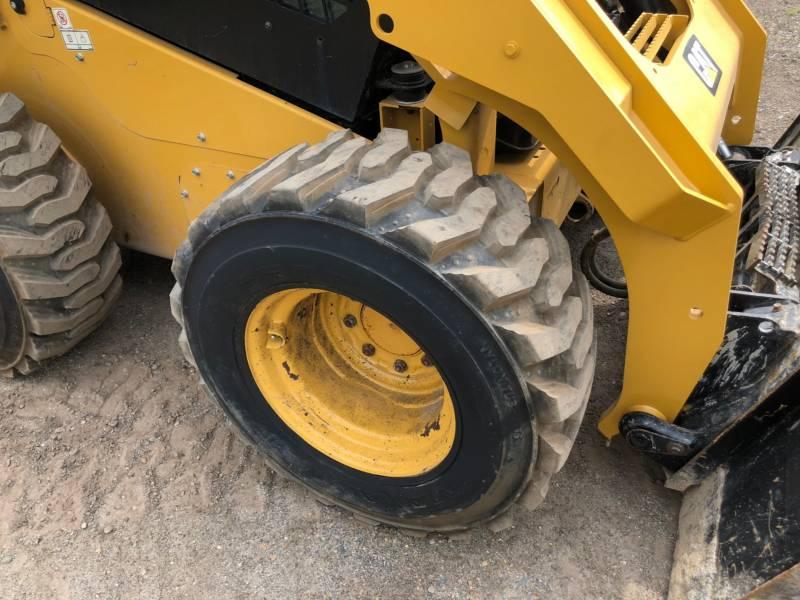 Caterpillar MINIÎNCĂRCĂTOARE RIGIDE MULTIFUNCŢIONALE 262 D equipment  photo 5