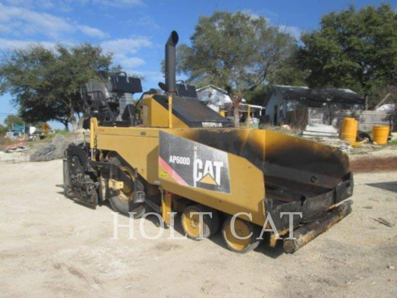CATERPILLAR ASPHALT PAVERS AP-600D equipment  photo 2