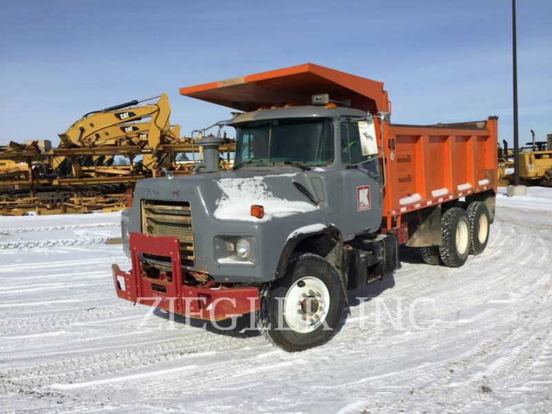 MACK WOZIDŁA TECHNOLOGICZNE DM688S equipment  photo 1