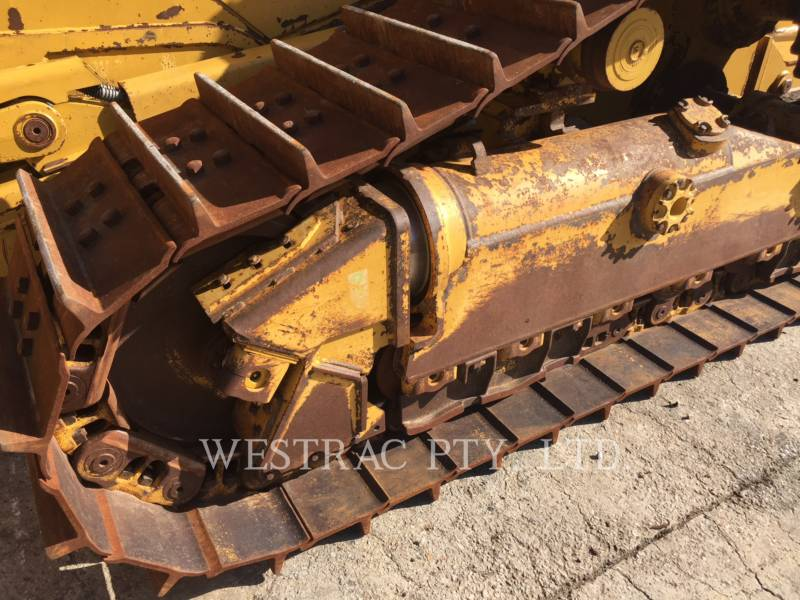 CATERPILLAR TRACK TYPE TRACTORS D6TVP equipment  photo 12