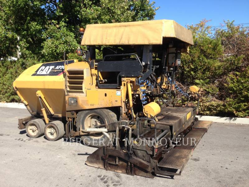 CATERPILLAR ASFALTATRICI AP-300 equipment  photo 14