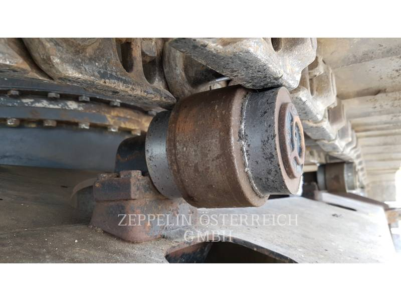 HITACHI EXCAVADORAS DE CADENAS CX225US equipment  photo 7