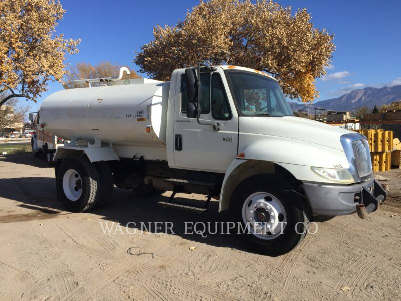 INTERNATIONAL TRUCKS WATER TRUCKS 4200 equipment  photo 1