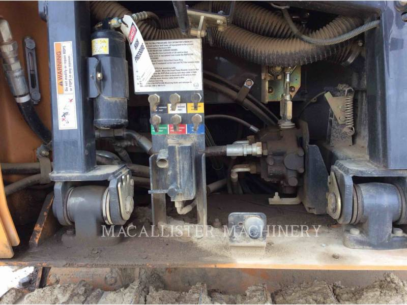 CASE TRACTORES DE CADENAS 850L equipment  photo 7