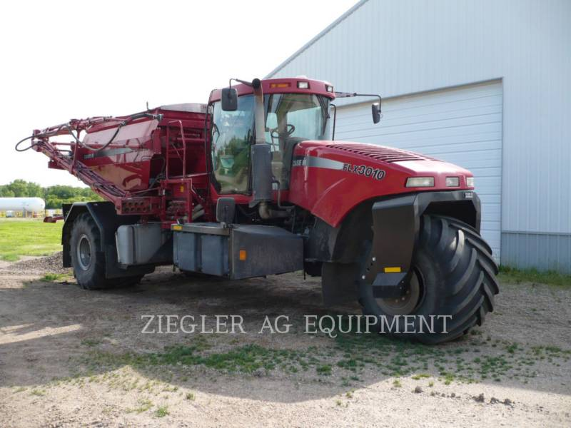 CASE/NEW HOLLAND Trattore FLX3010 equipment  photo 1