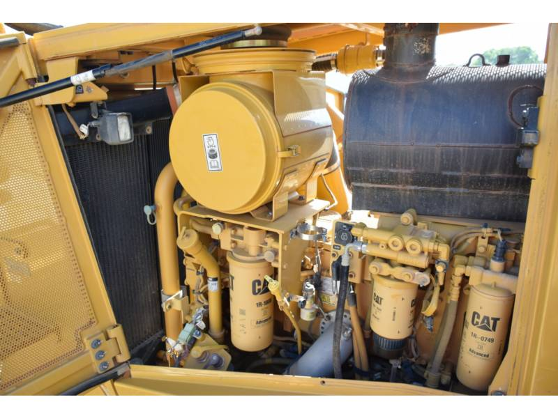 CATERPILLAR TRACTEURS SUR CHAINES D 8 T equipment  photo 11