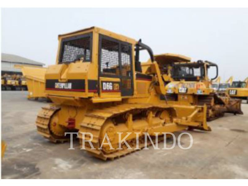 CATERPILLAR TRACK TYPE TRACTORS D6G equipment  photo 3