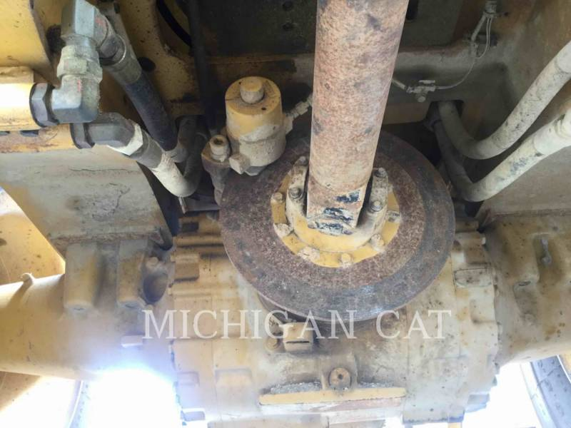 CATERPILLAR PALE GOMMATE/PALE GOMMATE MULTIUSO 966M equipment  photo 17